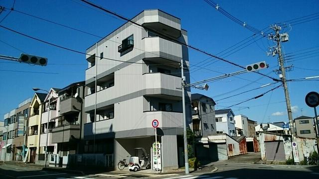 大阪府堺市堺区向陵東町3丁