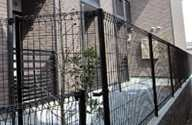レオパレスナカトミ[1階]の外観
