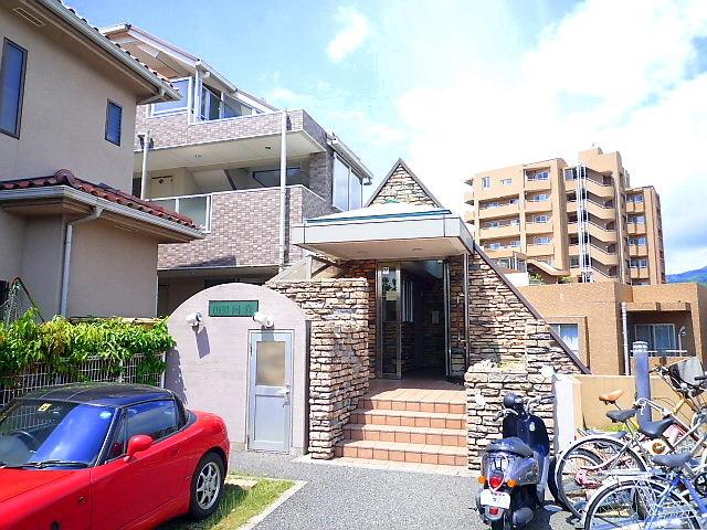 兵庫県芦屋市川西町