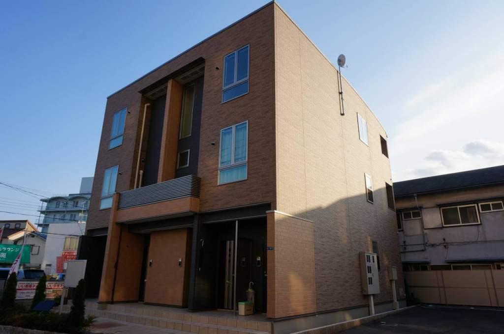 兵庫県宝塚市鶴の荘