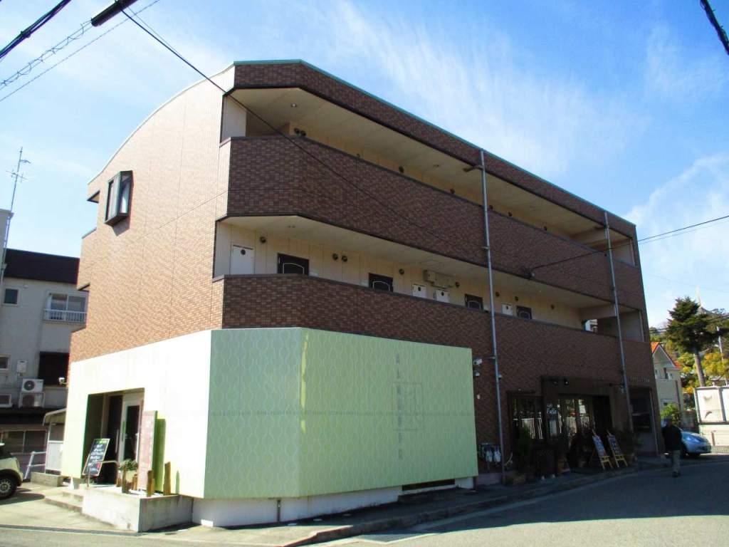 兵庫県宝塚市中筋山手1丁目