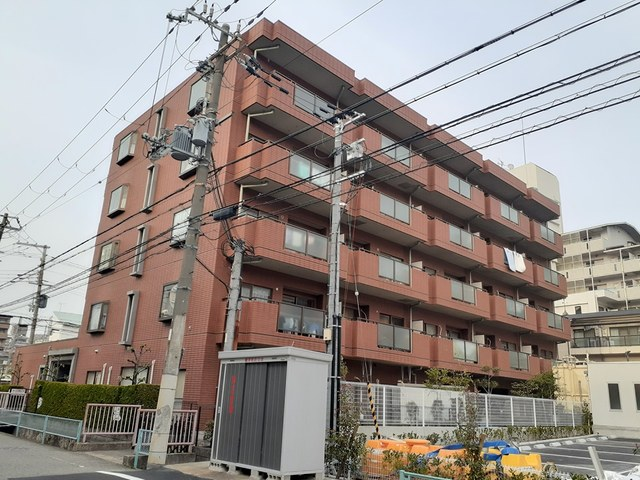 兵庫県西宮市櫨塚町