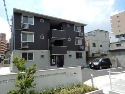 岡山県岡山市北区東古松1丁目の賃貸アパートの外観