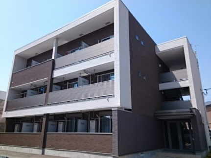 メゾン・ボヌールIII[3階]の外観
