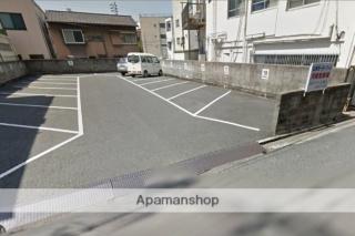 新町・山本モータープール