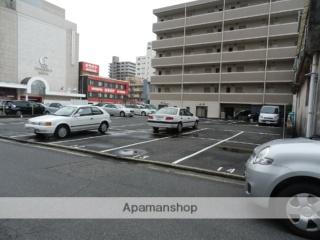 周南エステート飯島町駐車場