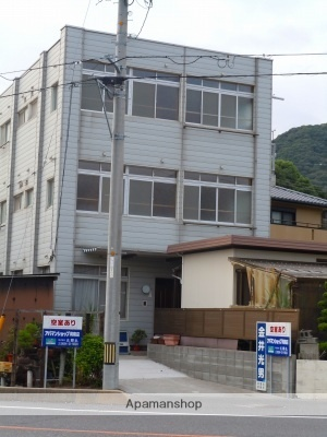 中川ビル[202号室]の外観