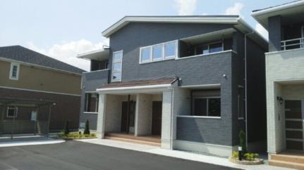 BEST HOUSE III B[202号室]の外観