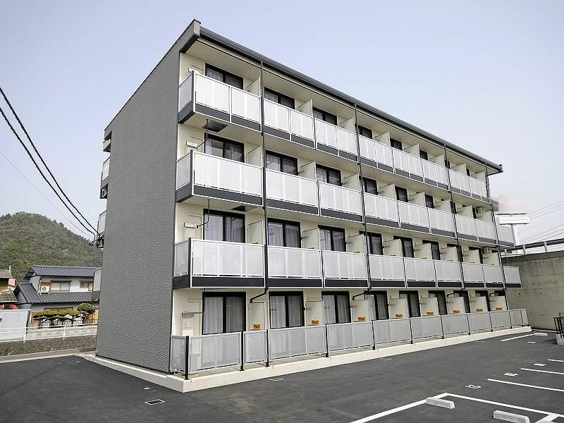 香川県高松市紙町