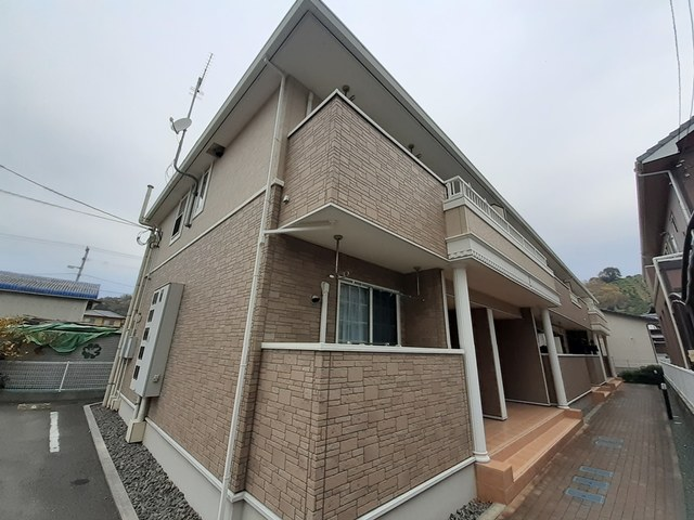 愛媛県松山市平田町