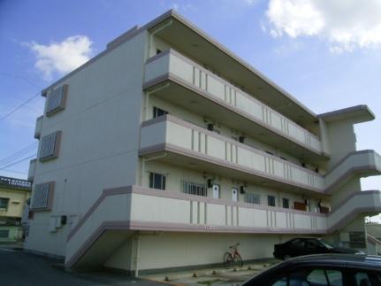 沖縄県宜野湾市上原1丁目の賃貸マンションの外観