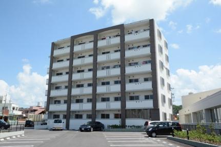 沖縄県糸満市字真栄里の賃貸マンションの外観