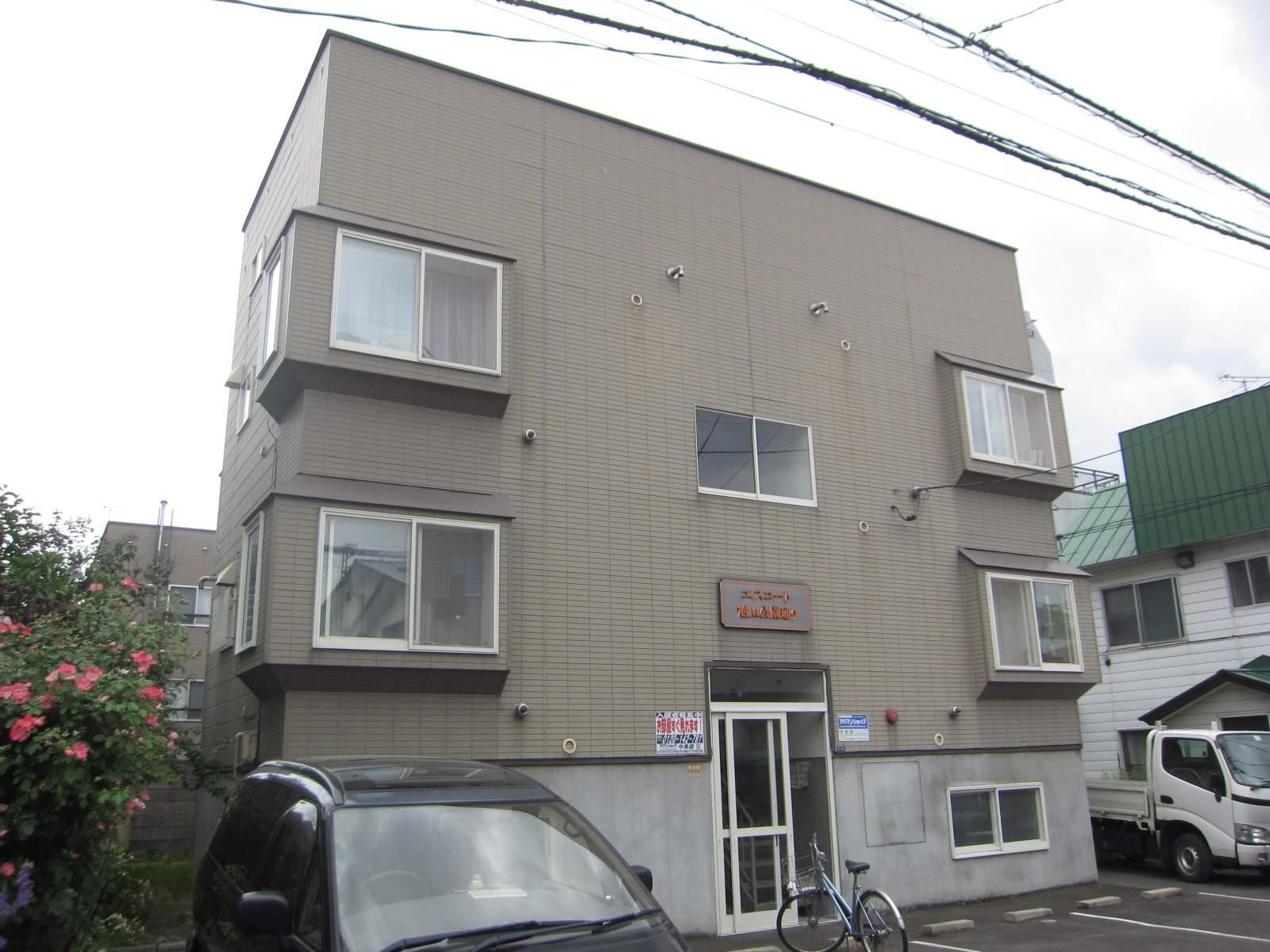 北海道札幌市中央区、西線6条駅徒歩9分の築19年 3階建の賃貸アパート
