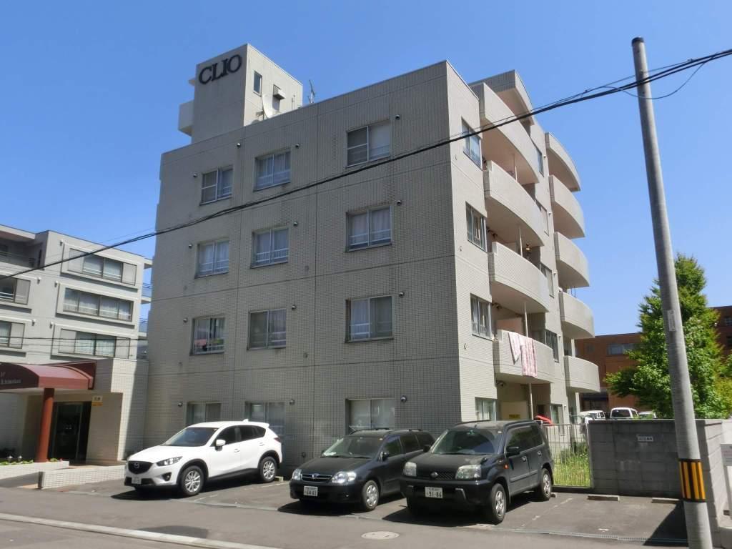 北海道札幌市中央区、西線11条駅徒歩16分の築28年 5階建の賃貸マンション