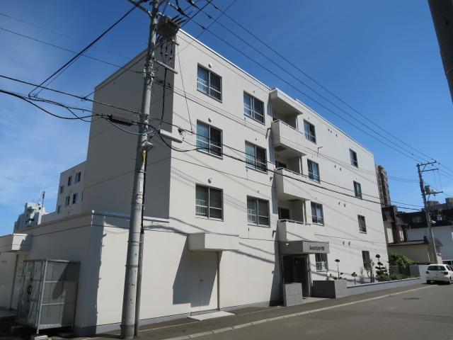 北海道札幌市中央区、西線16条駅徒歩7分の築35年 5階建の賃貸マンション