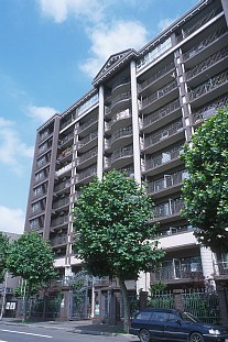 北海道札幌市中央区、すすきの駅徒歩10分の築28年 11階建の賃貸マンション