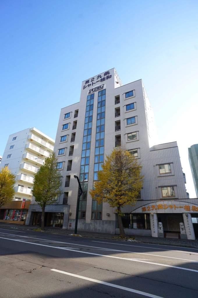 北海道札幌市中央区、西18丁目駅徒歩15分の築29年 8階建の賃貸マンション