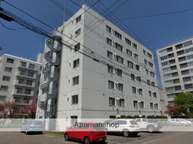 北海道札幌市中央区、西28丁目駅徒歩12分の築37年 7階建の賃貸マンション