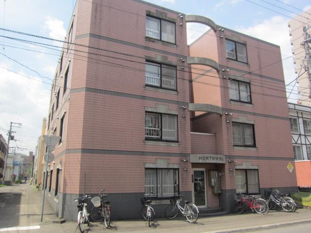 北海道札幌市中央区、西18丁目駅徒歩13分の築26年 4階建の賃貸マンション