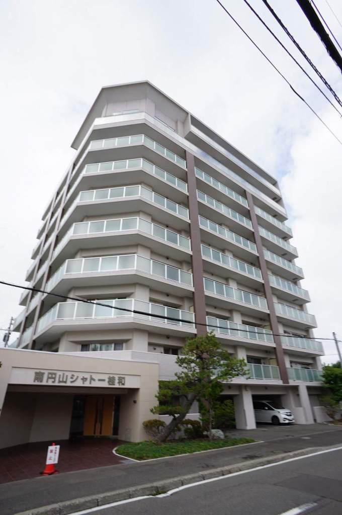 北海道札幌市中央区、西線6条駅徒歩8分の築3年 8階建の賃貸マンション
