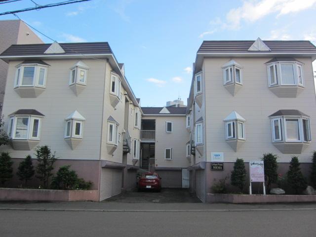 北海道札幌市西区、発寒中央駅徒歩13分の築28年 3階建の賃貸アパート