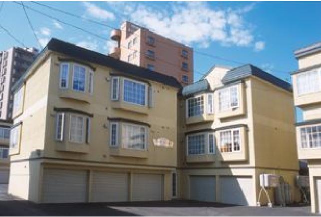 北海道札幌市中央区、苗穂駅徒歩14分の築20年 3階建の賃貸アパート