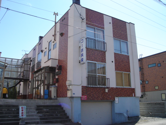 北海道札幌市中央区、西18丁目駅徒歩10分の築36年 2階建の賃貸アパート