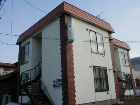 北海道札幌市中央区、札幌駅徒歩10分の築34年 2階建の賃貸アパート