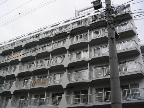 北海道札幌市中央区、西11丁目駅徒歩7分の築36年 8階建の賃貸マンション