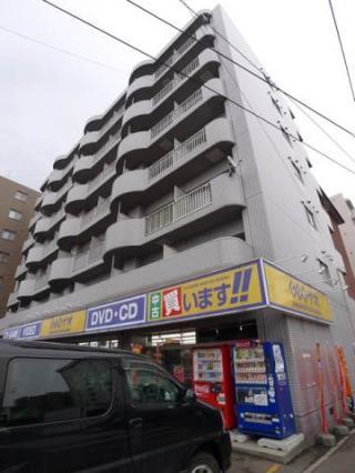 北海道札幌市中央区、行啓通駅徒歩10分の築27年 7階建の賃貸マンション