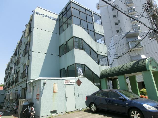 北海道札幌市中央区、二十四軒駅徒歩16分の築29年 4階建の賃貸マンション