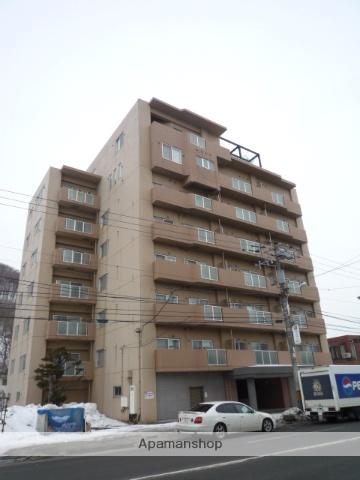 北海道札幌市中央区、ロープウェイ入口駅徒歩4分の築17年 8階建の賃貸マンション