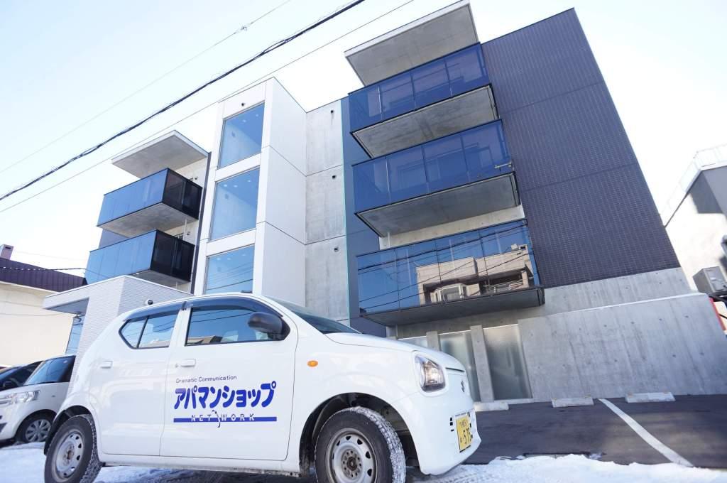北海道札幌市中央区、石山通駅徒歩7分の新築 4階建の賃貸マンション