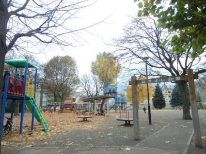 Oggi南円山[1LDK/35.01m2]の周辺3