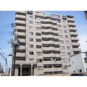 北海道札幌市中央区、中島公園駅徒歩8分の築26年 11階建の賃貸マンション