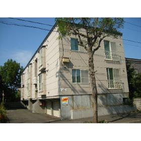 北海道札幌市中央区、山鼻19条駅徒歩7分の築20年 3階建の賃貸アパート