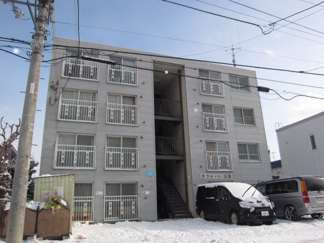 北海道札幌市中央区、石山通駅徒歩12分の築30年 4階建の賃貸マンション