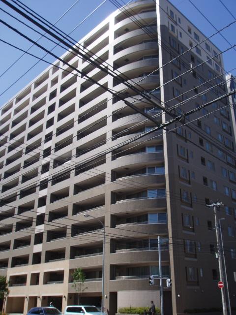 北海道札幌市中央区、バスセンター前駅徒歩2分の築16年 15階建の賃貸マンション