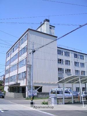 北海道札幌市中央区、東屯田通駅徒歩11分の築47年 5階建の賃貸マンション