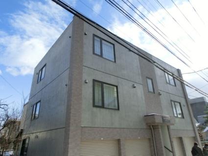北海道札幌市中央区、西28丁目駅徒歩5分の築11年 3階建の賃貸マンション