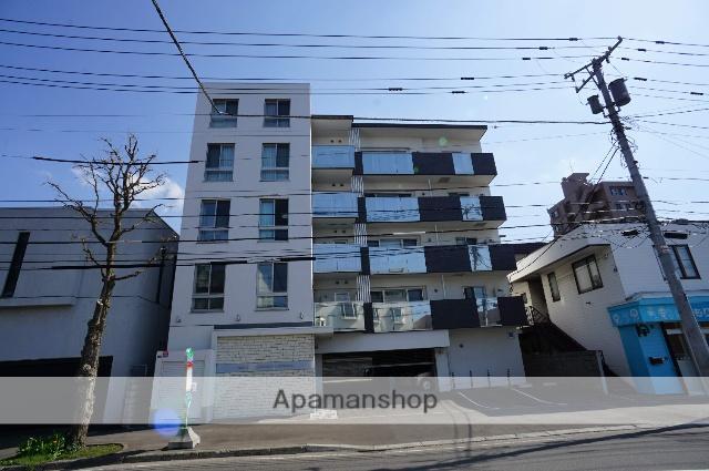北海道札幌市中央区、西線14条駅徒歩10分の築2年 5階建の賃貸マンション