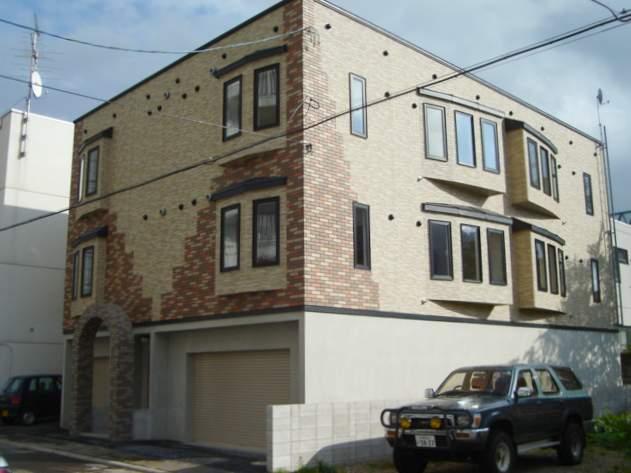 北海道札幌市中央区、東屯田通駅徒歩4分の築12年 3階建の賃貸アパート
