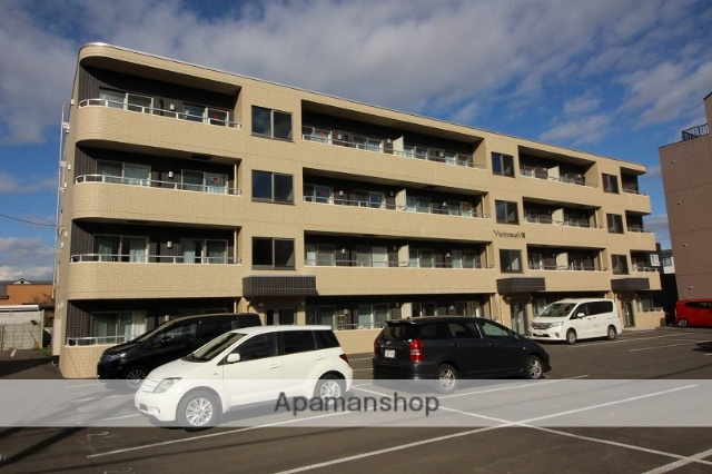 北海道千歳市、千歳駅徒歩18分の築2年 4階建の賃貸マンション