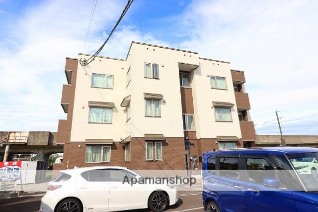 北海道千歳市の築2年 3階建の賃貸アパート