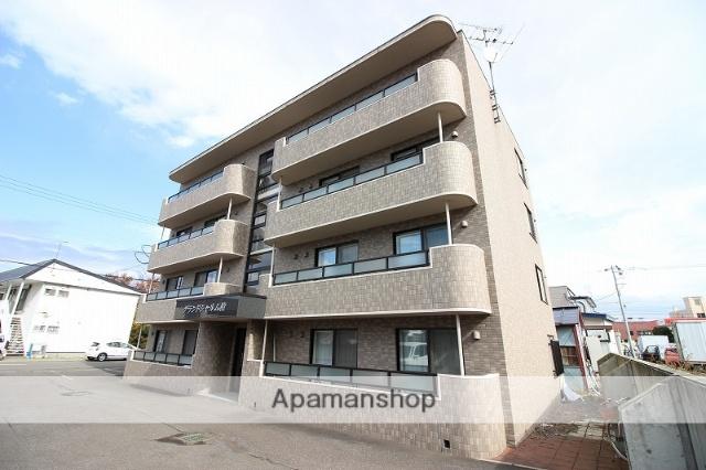 北海道恵庭市の築9年 4階建の賃貸マンション
