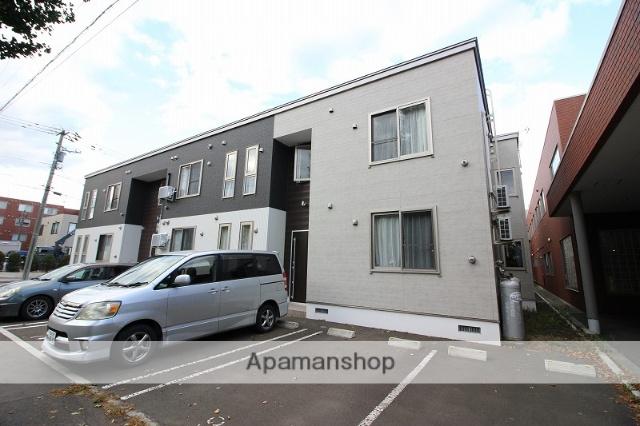 北海道恵庭市、恵み野駅徒歩17分の築1年 2階建の賃貸アパート