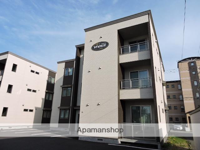 北海道苫小牧市の築2年 3階建の賃貸アパート