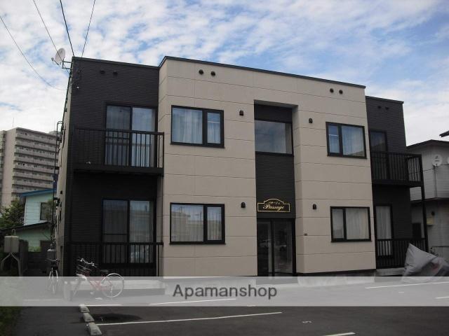 北海道苫小牧市の築8年 2階建の賃貸アパート