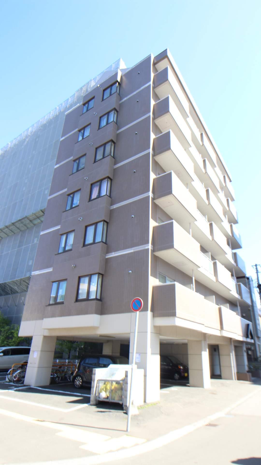 北海道札幌市中央区、桑園駅徒歩6分の築27年 7階建の賃貸マンション