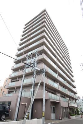 北海道札幌市中央区、西18丁目駅徒歩13分の築16年 13階建の賃貸マンション